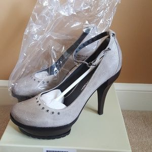 New with Box  Donald J. Pliner  Shoes Size 10M